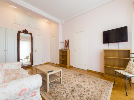 Апартаменты на Заморёнова 11