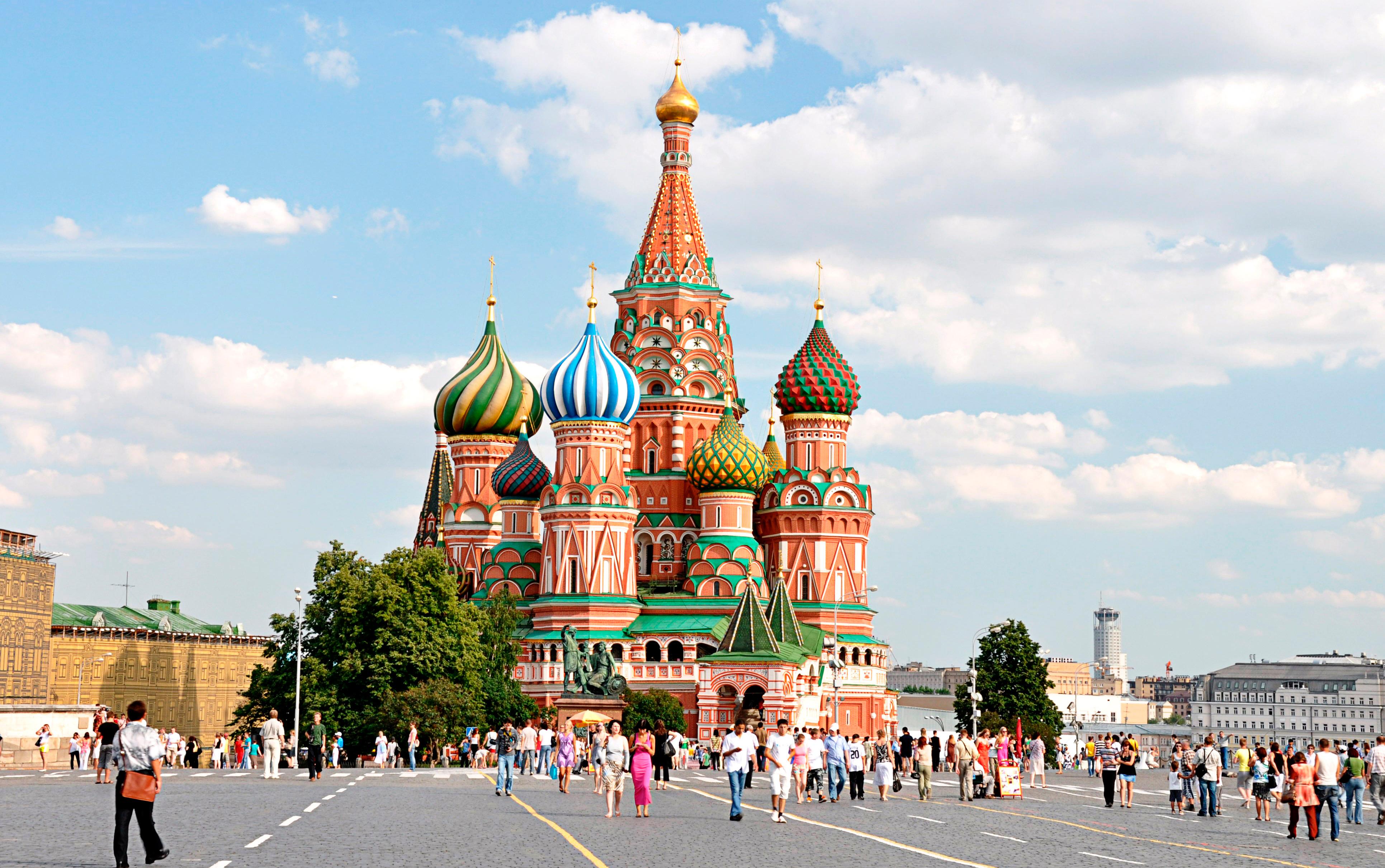 Храм Василия Блаженного: одна из главных религиозных достопримечательностей столицы